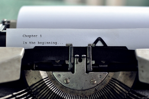 typewriter - pixabay - Copy (500x331)